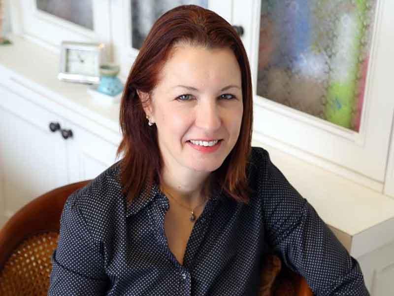 אירית רוזנפלד אשר - מטפלת זוגית ומשפחתית מוסמכת, מדריכת הורים,טיפול פרטני