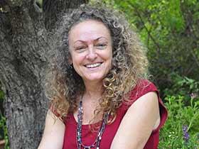 אסתי פרי-דן-הדרכת הורים עמוד 4 בצפון