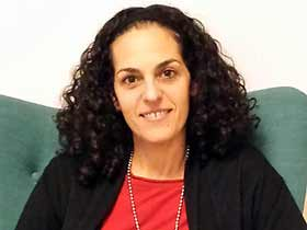 דפניאלה אציל-מטפלים מומלצים בהפרעות אכילה  בירושלים