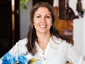 דר דניאלה מזור-מטפלים לקהילה הגאה בחיפה