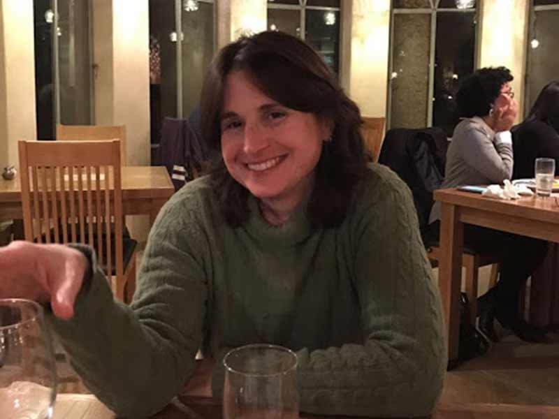 דר נעמה לויצקי - פסיכולוגית קלינית בכירה