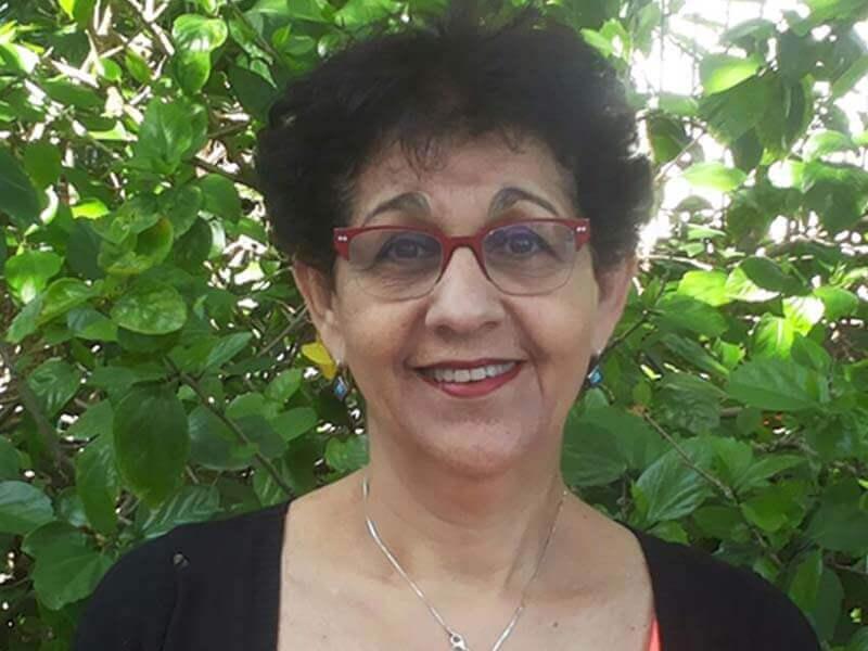חני דניס-מור -  מטפלת זוגית,משפחתית ואישית ופסכותראפסטית