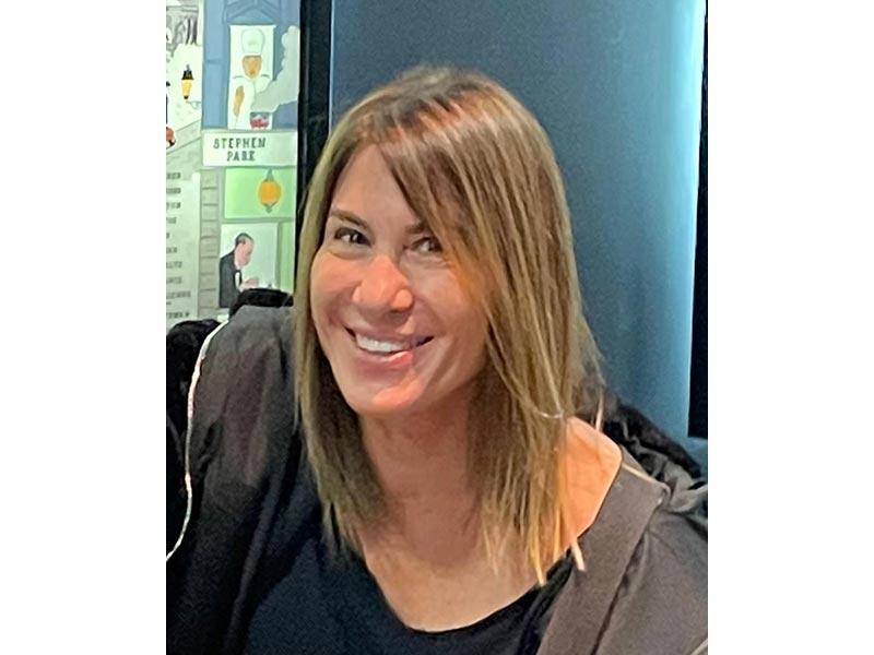 מיה נאור - מטפלת באמנות בשילוב CBT ו-EMDR