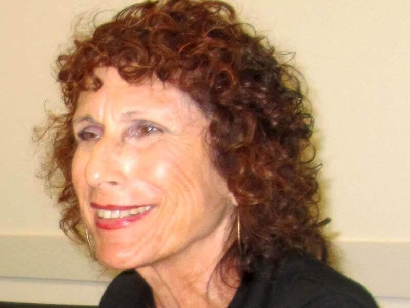 יעל קימלמן - מטפלת זוגית ומשפחתית מוסמכת ועובדת סוציאלית