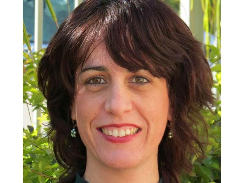 רונית בלום - עובדת סוציאלית MSW ופסיכותרפיסטית גוף-נפש