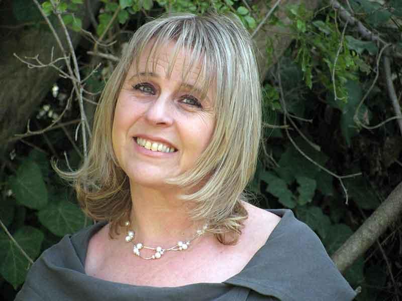 פנינה מנס - MSW מטפלת זוגית ומשפחתית ומדריכה מוסמכת
