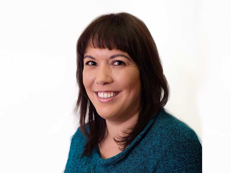 נטע לוי גינת - עובדת סוציאלית MSW, מטפלת קוגניטיבית התנהגותית (CBT)
