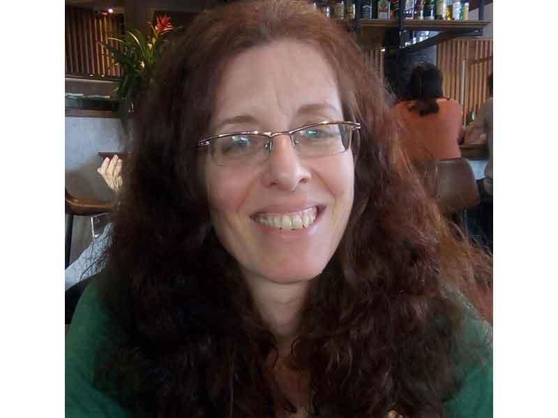 סמדר הורוביץ קרן - עובדת סוציאלית קלינית